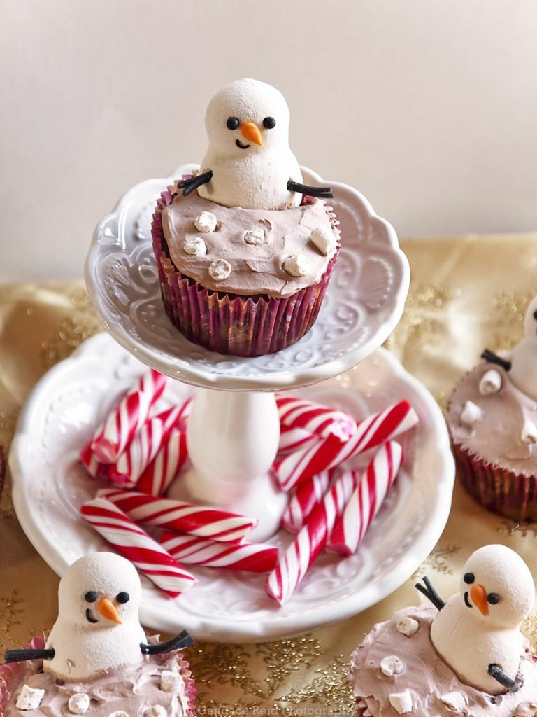 Snowman Hot Cocoa Hot Tub Cupcake