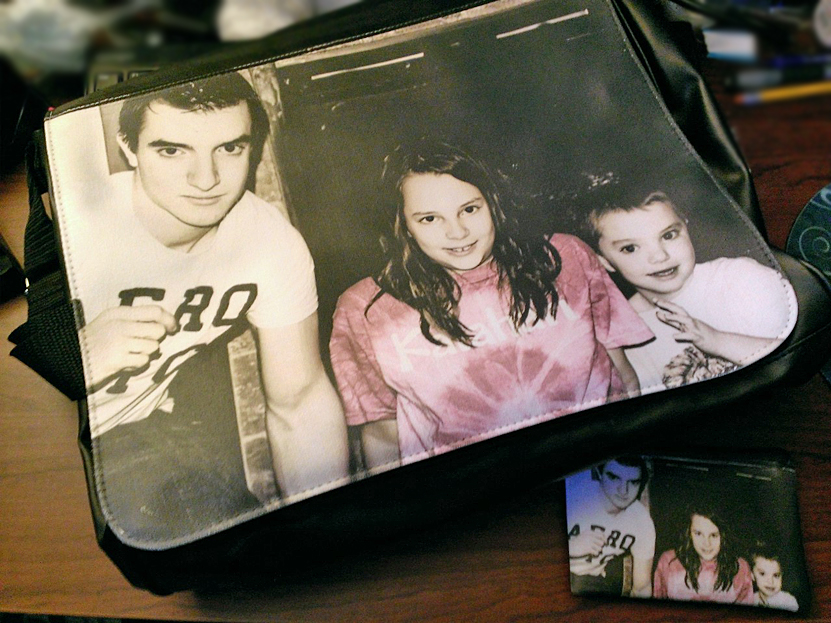 The Perfect Mother's Day Gift – Photo Messenger Bag from Personal Creations