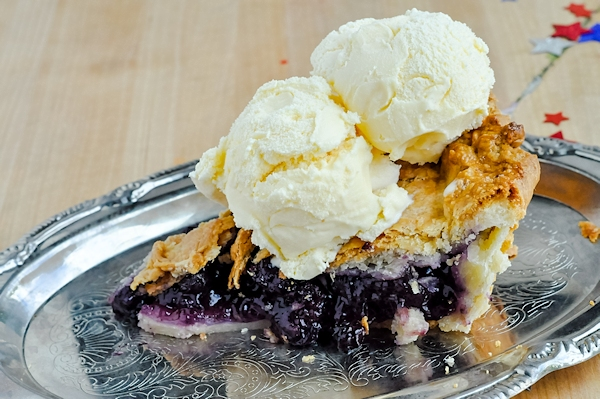 Blueberry Pie | Serendipity Mommy